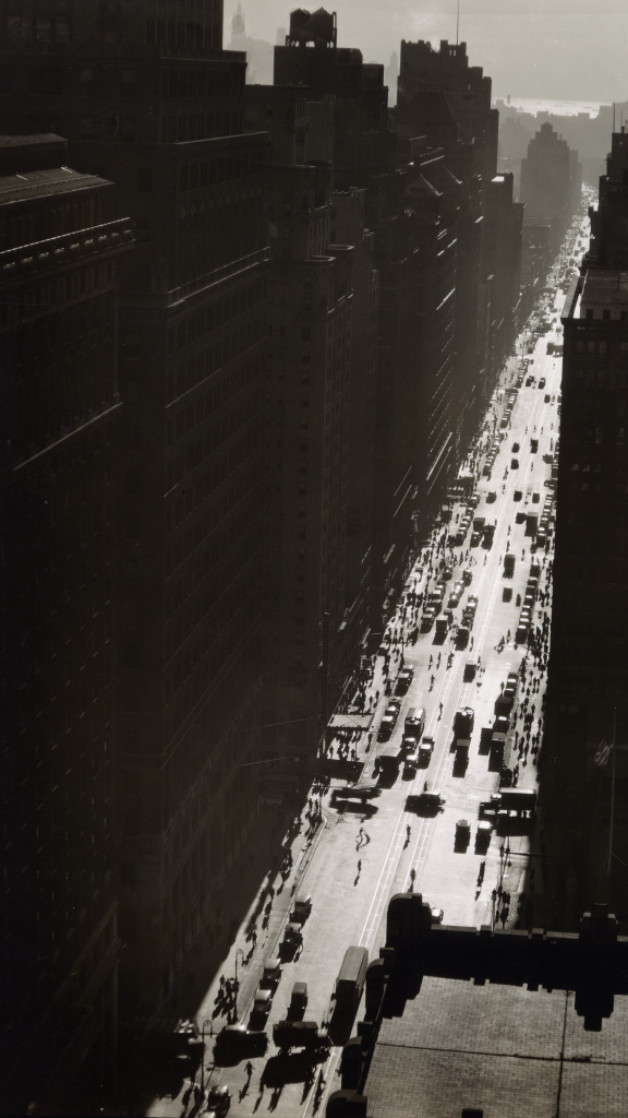 Seventh Avenue looking south from 35th Street, Manhattan by Berenice Abbott