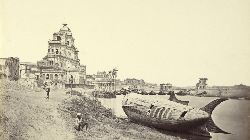 Chutter Manzil Palace, with the King's Boat in the Shape of a Fish on the Gomti River by Felice Beato