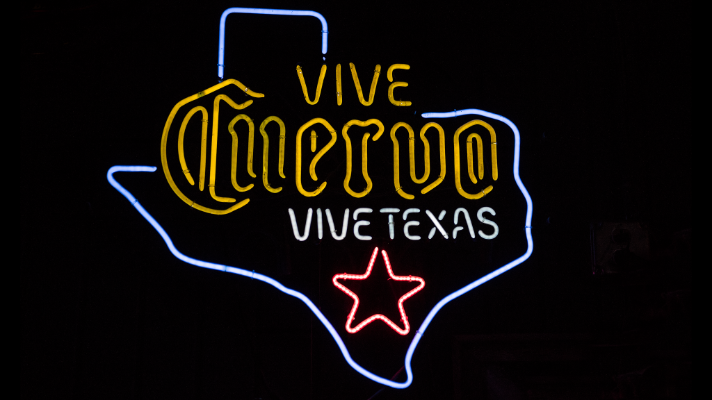 Vive Cuervo by Carol M. Highsmith